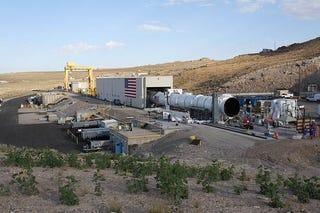 Illustration for article titled NASA's Biggest-Ever Solid Rocket Shakes Utah