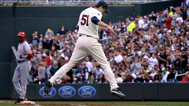 """Illustration for article titled The First Weird Baseball Injury Of 2013: Twins Reliever Breaks Ribs During """"Horseplay"""""""