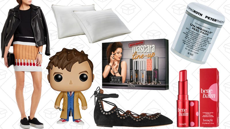 Illustration for article titled Today's Best Lifestyle Deals: Net-a-Porter, ThinkGeek, Benefit Cosmetics, and More