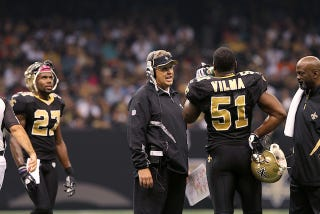 Illustration for article titled Jonathan Vilma Alleges Former Assistant Coach Fabricated Evidence In Bounty Probe In Newly Filed Lawsuit Against NFL