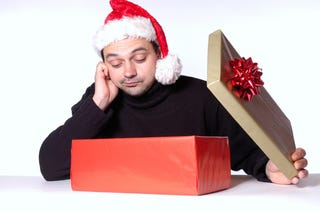 Illustration for article titled Want $200 to Spend Last-Minute Massage-y Holiday Gifts at The Sharper Image?