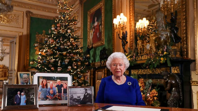 Yes,  Alexa, Play the Queen s Christmas Day Message,  Is Going to Be a Thing