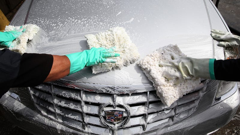 Car wash bandit steals thousands of dollars using a laminated 20 photo getty solutioingenieria Images