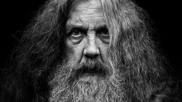 <div></noscript>Alan Moore's Next Books Sound Alan Moore-y as Hell</div>