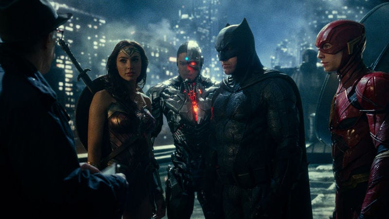 photo image Rotten Tomatoes Will Piss Everyone Off by Delaying Justice League Rating