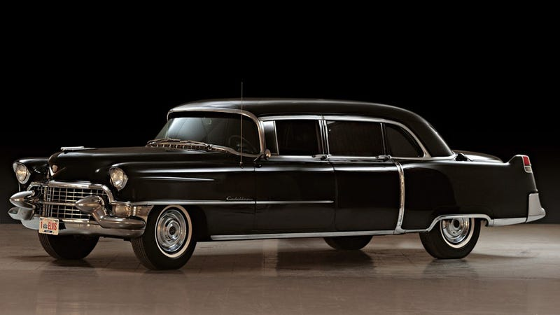Illustration for article titled Elvis Presley's 1955 Cadillac Fleetwood limo to cross the auction block