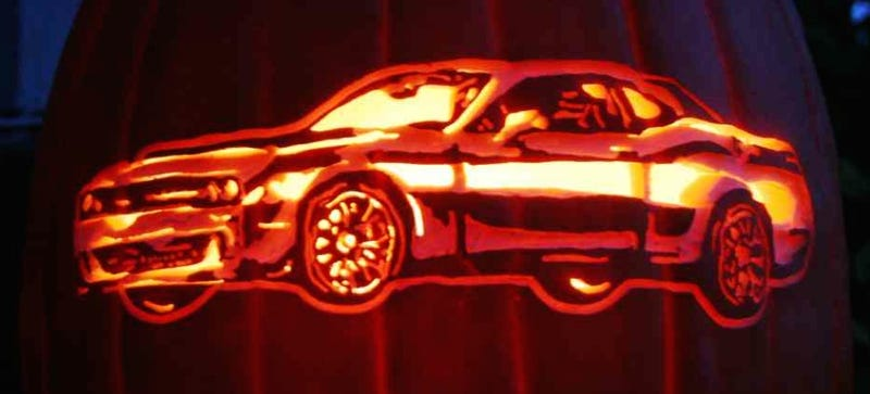 Illustration for article titled Here's How To Carve Your Pumpkin Like A Challenger Hellcat, VW, Or Truck