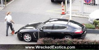 Illustration for article titled 2010 Porsche Panamera Crashes, Joins Cool Club