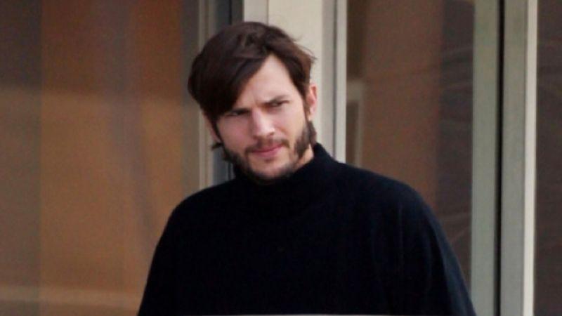 Illustration for article titled This is what Ashton Kutcher looks like as Steve Jobs