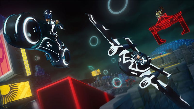Illustration for article titled The FinalDisney Infinity 2.0 Characters Are Digital-Only, Because Tron