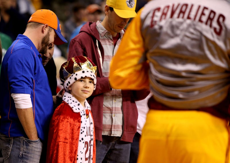 Illustration for article titled Raising Your Kids To Be Cleveland Sports Fans Is An Act Of Cruelty