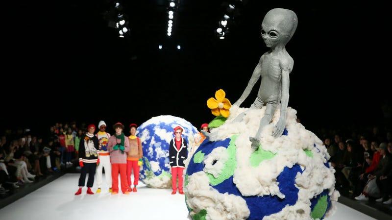 Illustration for article titled Tokyo Fashion Week: The Alien Reckoning