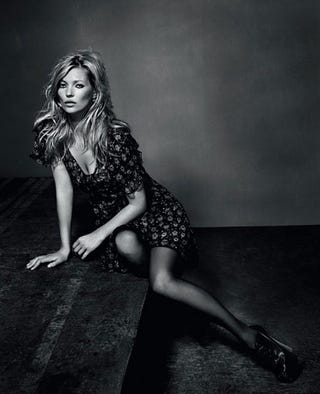 Illustration for article titled Kate Moss Repurposes A Bath Mat For Her Final Topshop Collection