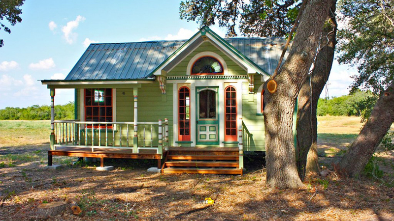 Brilliant 13 Adorably Teeny Tiny Houses Largest Home Design Picture Inspirations Pitcheantrous