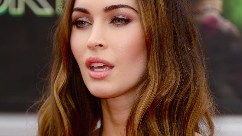 Illustration for article titled Megan Fox Is Not Having Sex or Eating Anything Delicious
