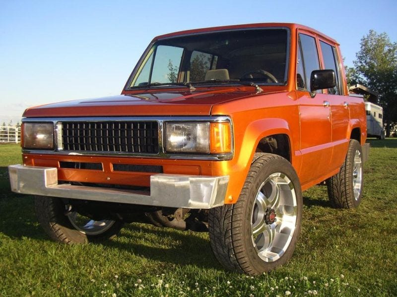 This Custom 1989 Isuzu Trooper Could Be Yours For 6500