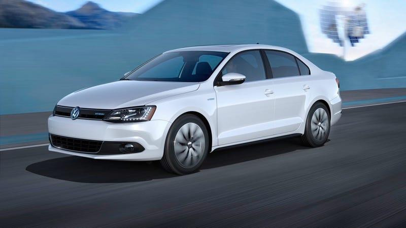 Illustration for article titled 2013 Volkswagen Jetta Hybrid Gallery