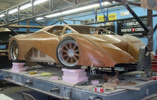 Illustration for article titled Splinter Wooden Supercar Gets Its Body