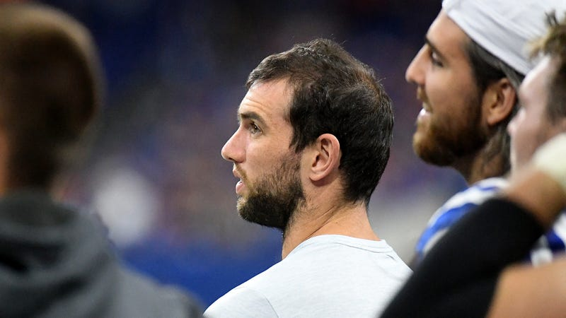 "Illustration for article titled Andrew Luck Walked Off To A Chorus Of Boos, And One Guy Yelling ""Don't Do It!"""
