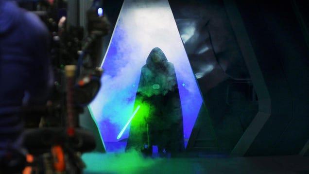11 Luke Skywalker Facts Revealed During Mandalorian Season 2 s Finale Documentary