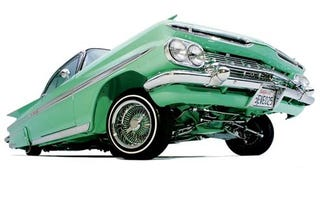 Illustration for article titled Woodward Dream Cruise Week Kicks Off Tonight With Hot Latin Nights
