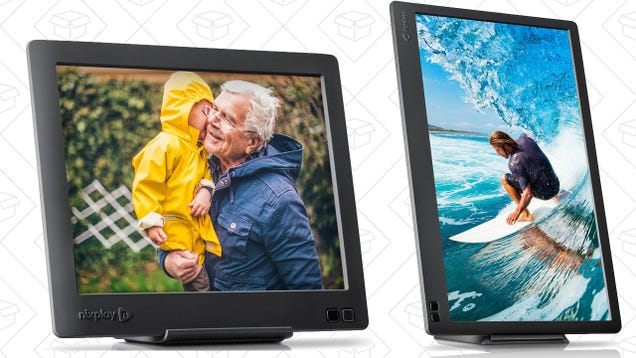 Give Mom the Gift of a Digital Photo Frame, On Sale Today Only