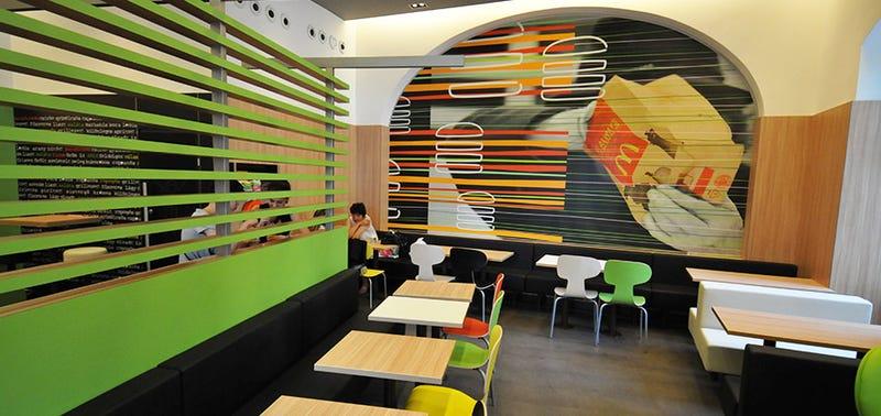 Illustration for article titled Ötvenhárman lettek rosszul a vidéki McDonald's-ban