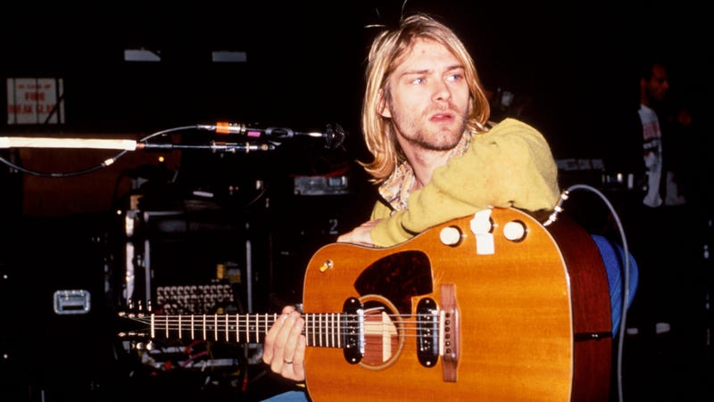 Kurt Cobain wrote a setlist on a pizza plate in 1990, and someone just made $22K off it