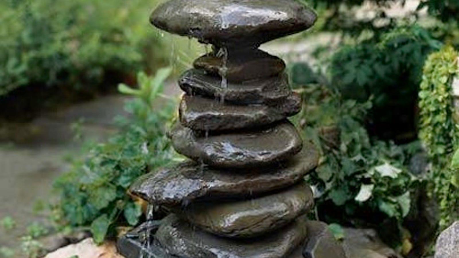 Diy Garden Fountain Out Of Old Garden Ornaments