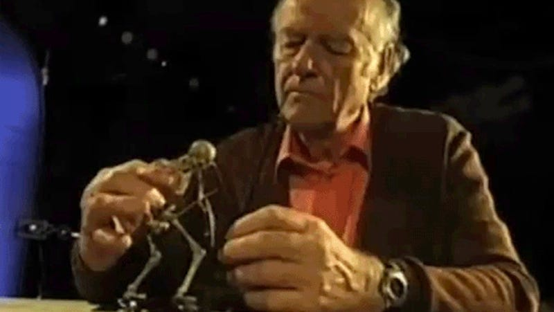 Illustration for article titled This Amazing GIF Will Show You Why Ray Harryhausen Was So Awesome