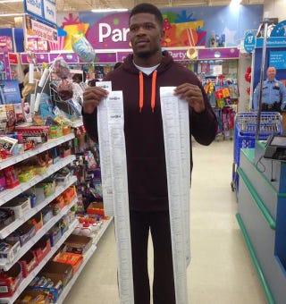 Illustration for article titled Andre Johnson Bought A Buttload Of Toys For Kids Again