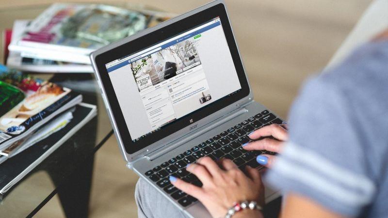 Illustration for article titled Cómo saber si tus fotos fueron expuestas por el último bug de Facebook