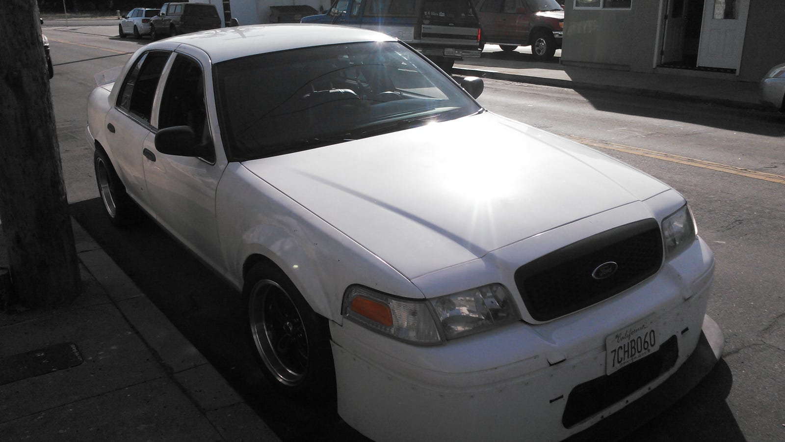 Hook up crown vic — pic 1