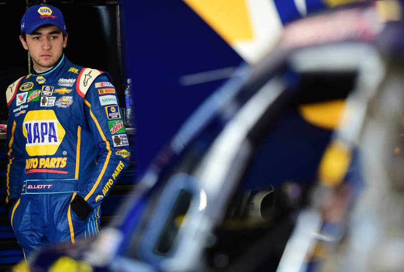 Illustration for article titled Chase Elliott Becomes Youngest Polesitter In Daytona 500 History