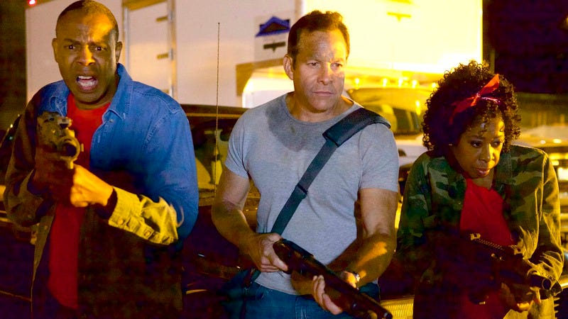 Steve Guttenberg (center) in Lavalantula