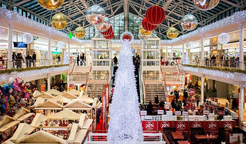 Para unos un centro comercial en Navidad. Para otros, una trampa mortal. Foto: Negative Space
