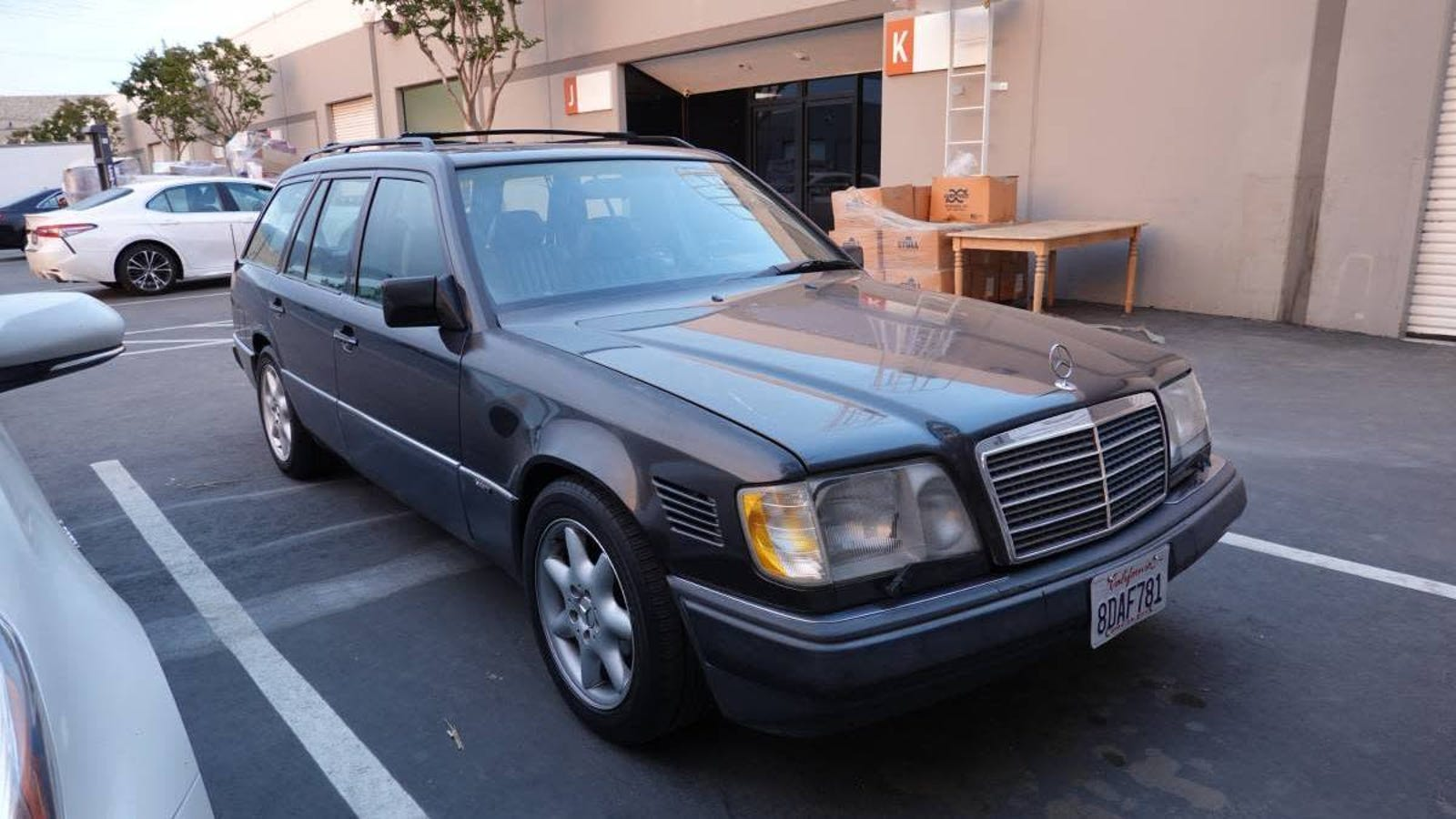 At $2,800, Could This 1995 Mercedes Benz E320 Wagon Haul Home a Win?
