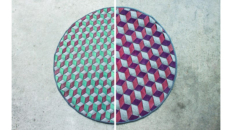 Illustration for article titled Temperature Sensitive Rug Changes Colors To Match the Seasons