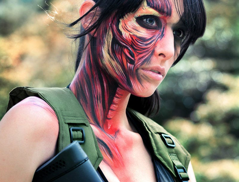 Illustration for article titled Not Your Average Metal Gear Cosplay