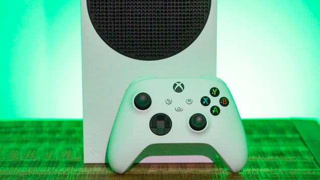 How to Turn Your Xbox Series X/S or PS5 Into a Beta Testing Machine