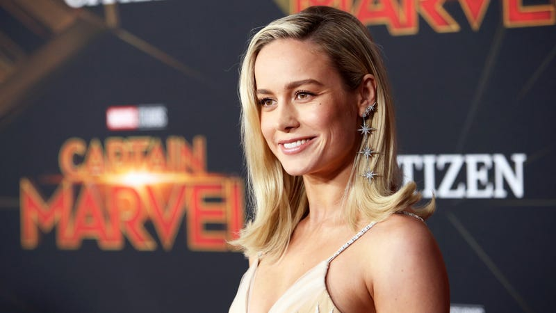 Illustration for article titled Brie Larson surprises Captain Marvel moviegoers in New Jersey, picks up a shift at the concession stand