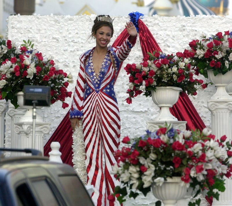 Illustration for article titled Miss America Goes to Washington: What to Know About Erika Harold