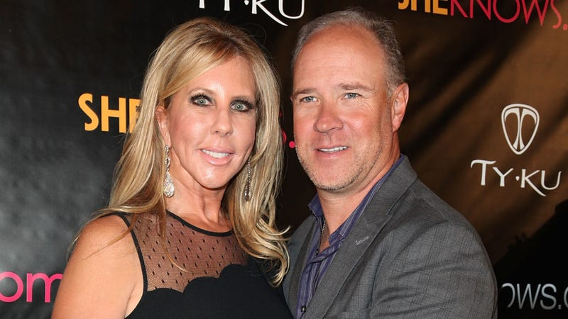 Illustration for article titled Cancer Center Claims They Never Treated RHOC'sBrooks Ayers For a Damn Thing