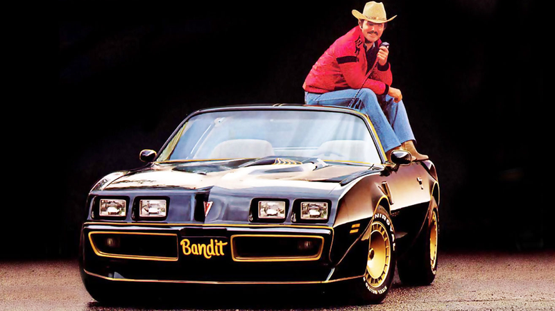 Illustration for article titled Burt Reynolds, the Man Who Made Trans-Ams Cool,Is Dead at 82