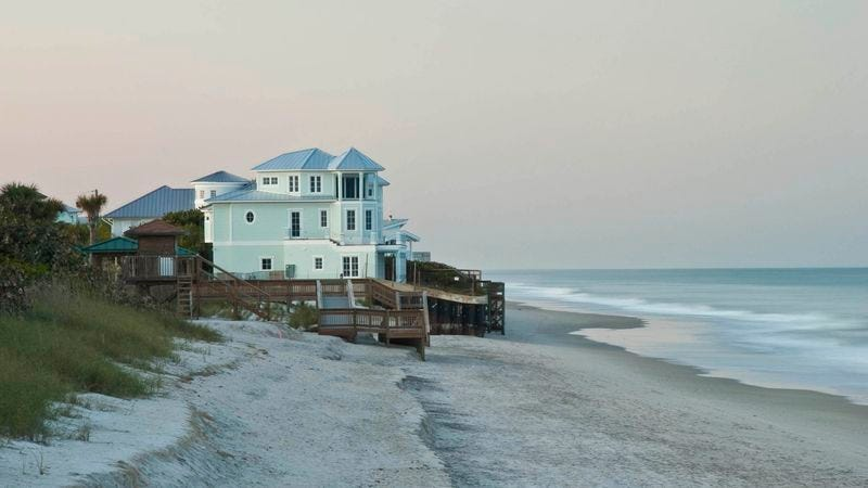 Illustration for article titled Atlantic Ocean Excited To Move Into Beautiful Beachfront Mansion Soon