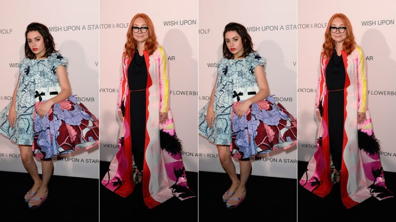Illustration for article titled Charli XCX & Tori Amos Had a Flowery Blast at a Perfume Party in Paris