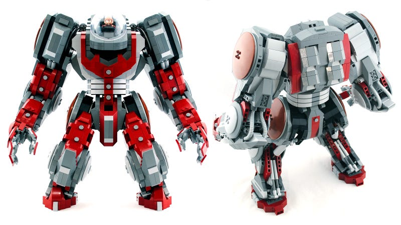 Illustration for article titled This is the greatest Lego mecha I've ever seen