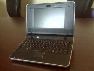 Illustration for article titled CTL IL1 Netbook $50 Cheaper Than Eee PC, Has Better Specs