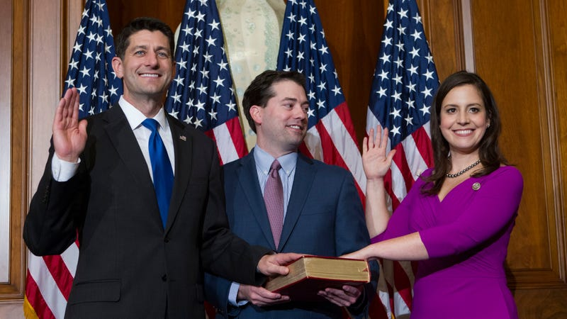 House Speaker Paul Ryan administering the House oath of office to Representative Elise Stefanik during a mock swearing in ceremony on January 3, 2017.