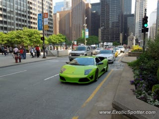 Illustration for article titled Oppo, what's the best car for living in downtown(ish) Chicago?